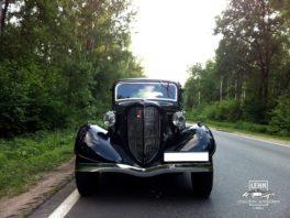 ГАЗ М-1, 1938 года, известный как «Эмка» (Молотовский первый)