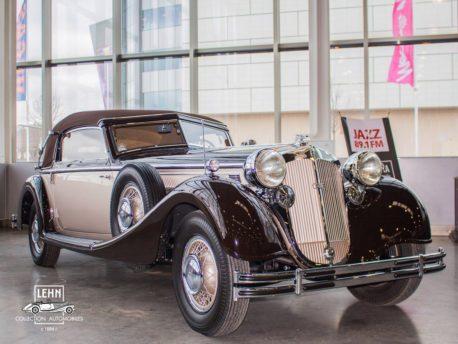 Horch 853 - коллекционный автомобиль 1936 года выпуска, на этой машине ездил по Берлину штандартенфюрер СС Отто фон Штирлиц
