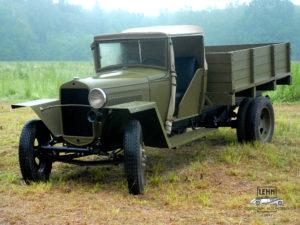 ГАЗ-ММ (полуторка) 1942 — грузовой автомобиль Горьковского автозавода, грузоподъемностью 1,5 тонны
