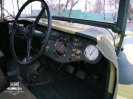 Руль и приборная панель - Latil M7 T1